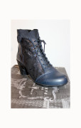 navy boot small